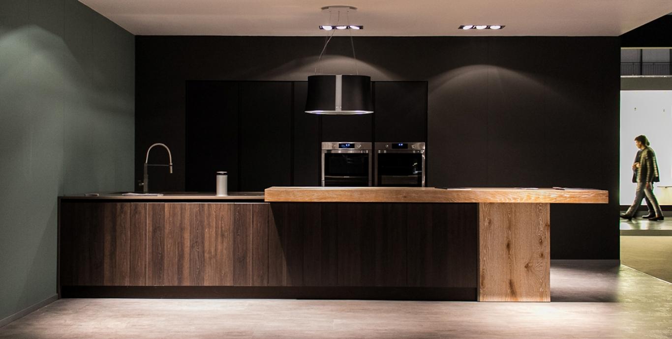 Visma arredo cucine moderne e mobili per casa e ufficio for Cucine di pregio